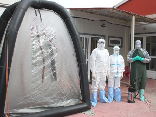 ebola2010143